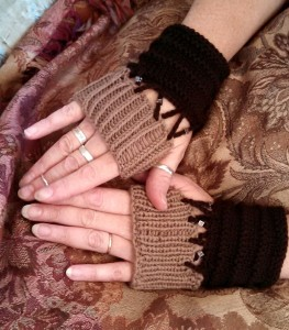 Matilda gloves 2