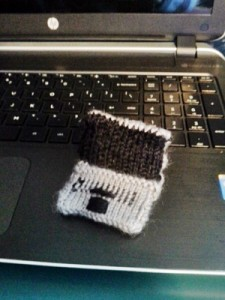 knit laptop1